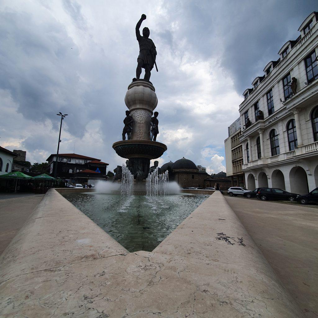 Philip II Statue Skopje Bauprojekt Skopje 2014 in Skopje Nordmazedonien Gebäude Statuen