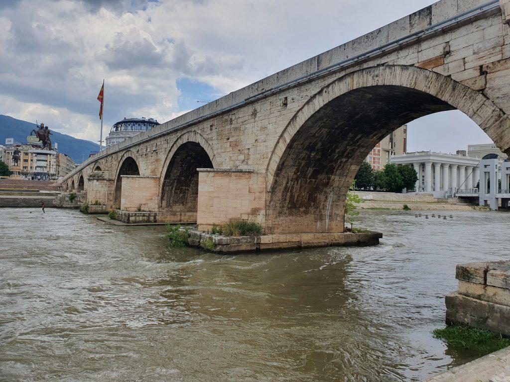 Sehenswürdigkeiten in Skopje Steinbrücke Nordmazedonien Reise