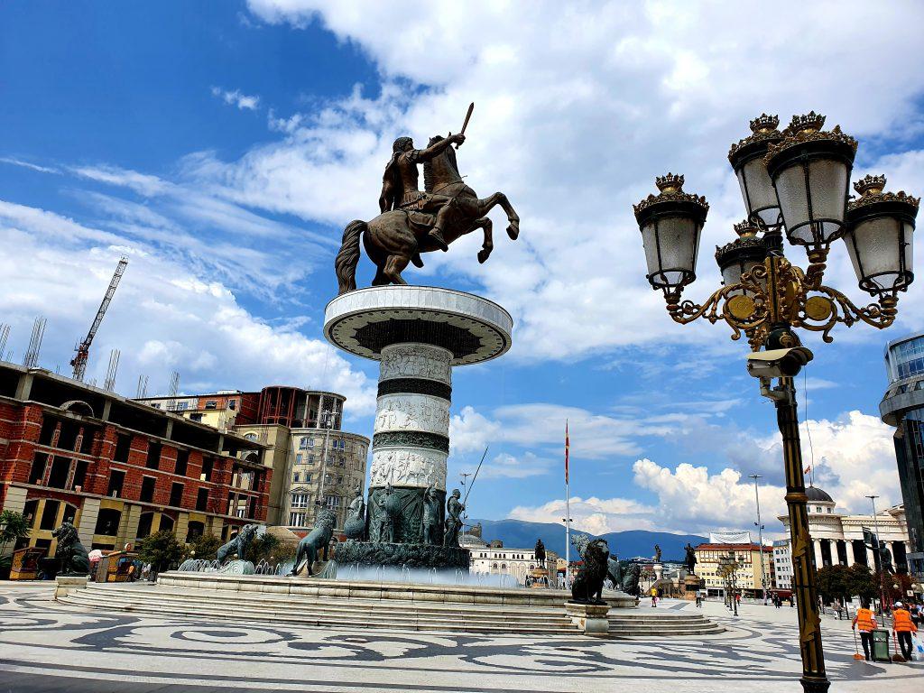 Alexander-der-Große Statue auf dem Mazedonien-Platz in Skopje Sehenswürdigkeiten in Skopje Nordmazedonien Reise